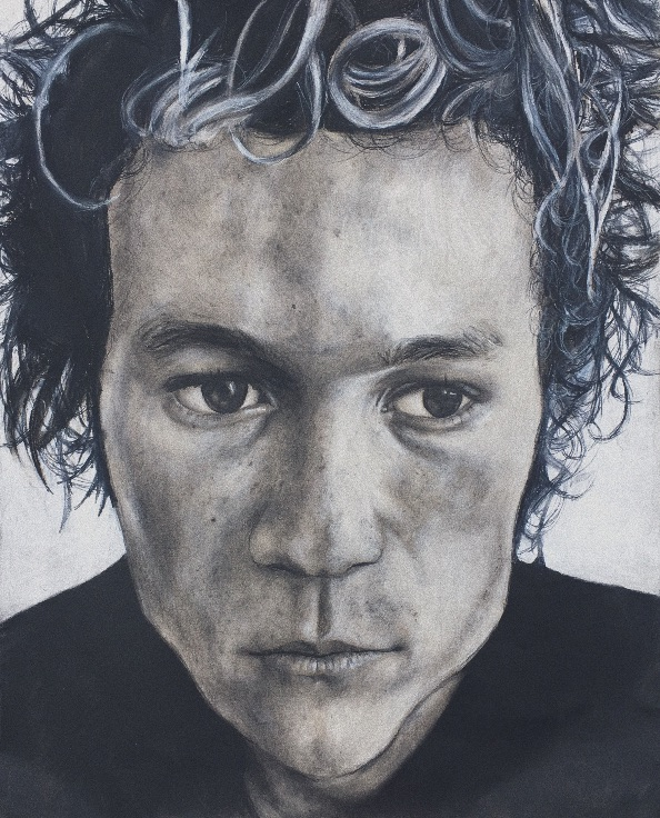 Heath Medium Charcoal Size 18x24