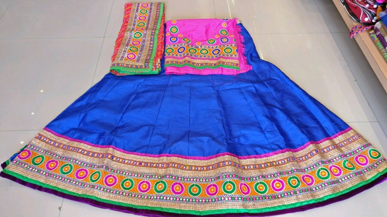 Kutchi Traditional Gamthi work Chaniya Choli Style B