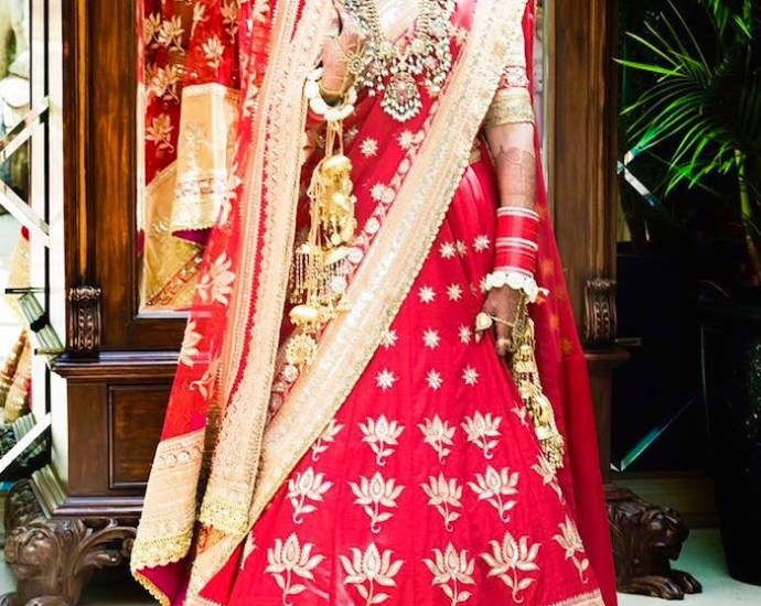 Sonam Kapoor Wedding Bridal Lehenga Blouse Replica 9017 Reference