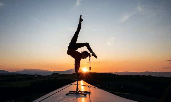 Stefanie Millinger, Millinger, hand balancing, hand-balancing, wind, energy, blade, turbine, renewable, performance, stunt