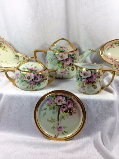 Tea Sets 135