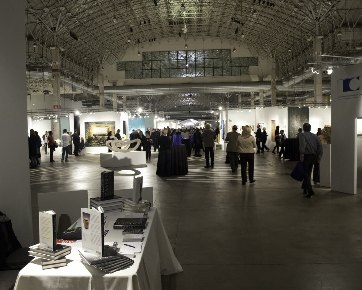 sofa chicago artists round set manufacturers bingeing at art jewelry forum