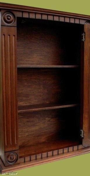 Rosette Medicine Cabinet
