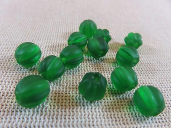 Perles lanterne lampwork vert givré 8mm - lot de 12