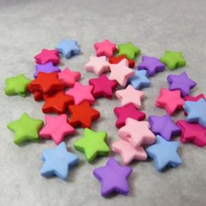 Perles étoile acrylique 9mm fantaisie multicolore – lot de 30