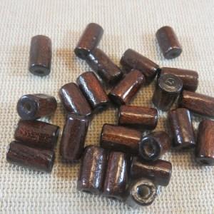 Perles tube en bois marron colonne 10x6mm – lot de 25