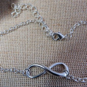 Bracelet de cheville infini argenté – bijoux d'été plage chaîne de cheville