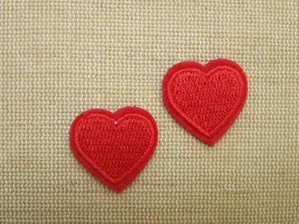 Patch cœur rouge écusson thermocollant brodé - lot de 2
