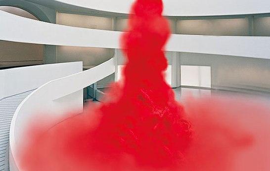 Anish Kapoor: Égbemenetel (füst installáció), 2010, Guggenheim, New York