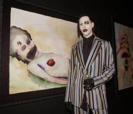Marilyn Manson fajčenie
