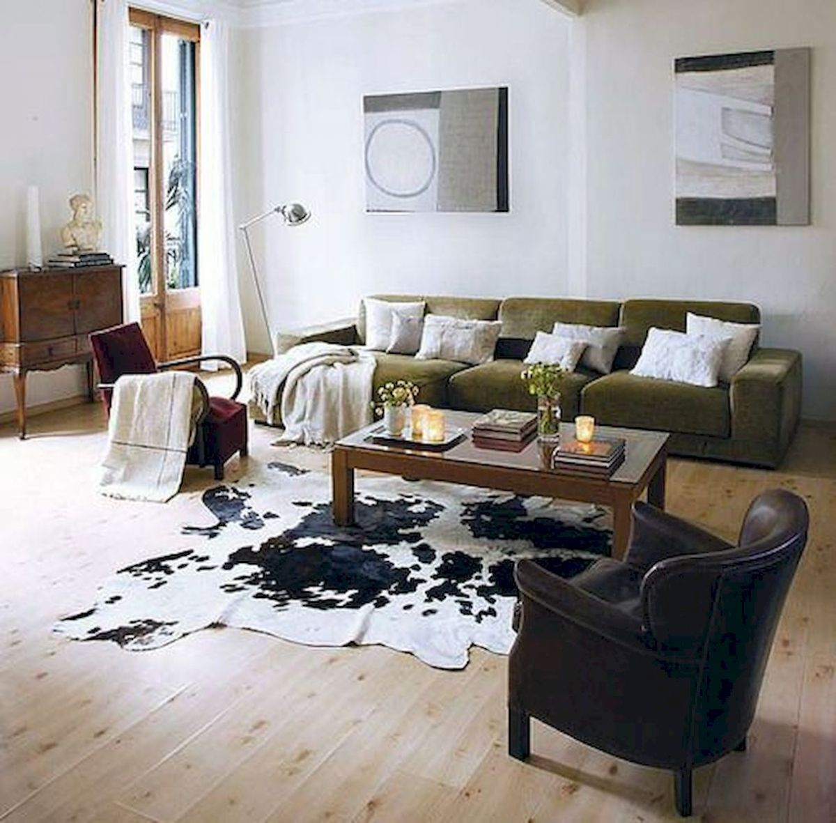 50 Best Living Room Decor Ideas With Artwork Rugs (1)
