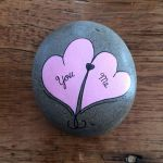 50 Easy DIY Painted Rocks Ideas Perfect For Beginners (13)
