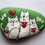 50 Easy DIY Painted Rocks Ideas Perfect For Beginners (45)