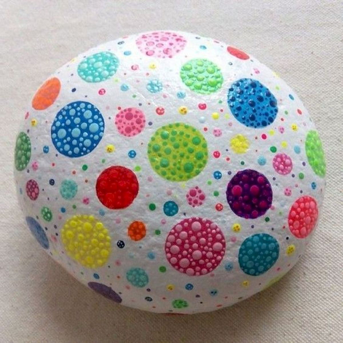 50 Easy DIY Painted Rocks Ideas Perfect For Beginners (49)