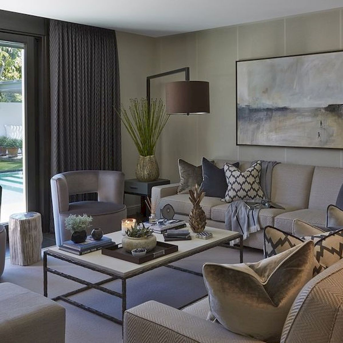 60 Living Room Decor Ideas With Artwork Coffee Tables (12)