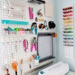 35 Craft Room Wall Decor Ideas (15)