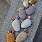 45 Awesome DIY River Rock Ideas Decorations (30)
