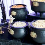 43 Cool Halloween Party Decoration Ideas (19)