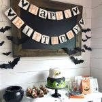43 Cool Halloween Party Decoration Ideas (28)