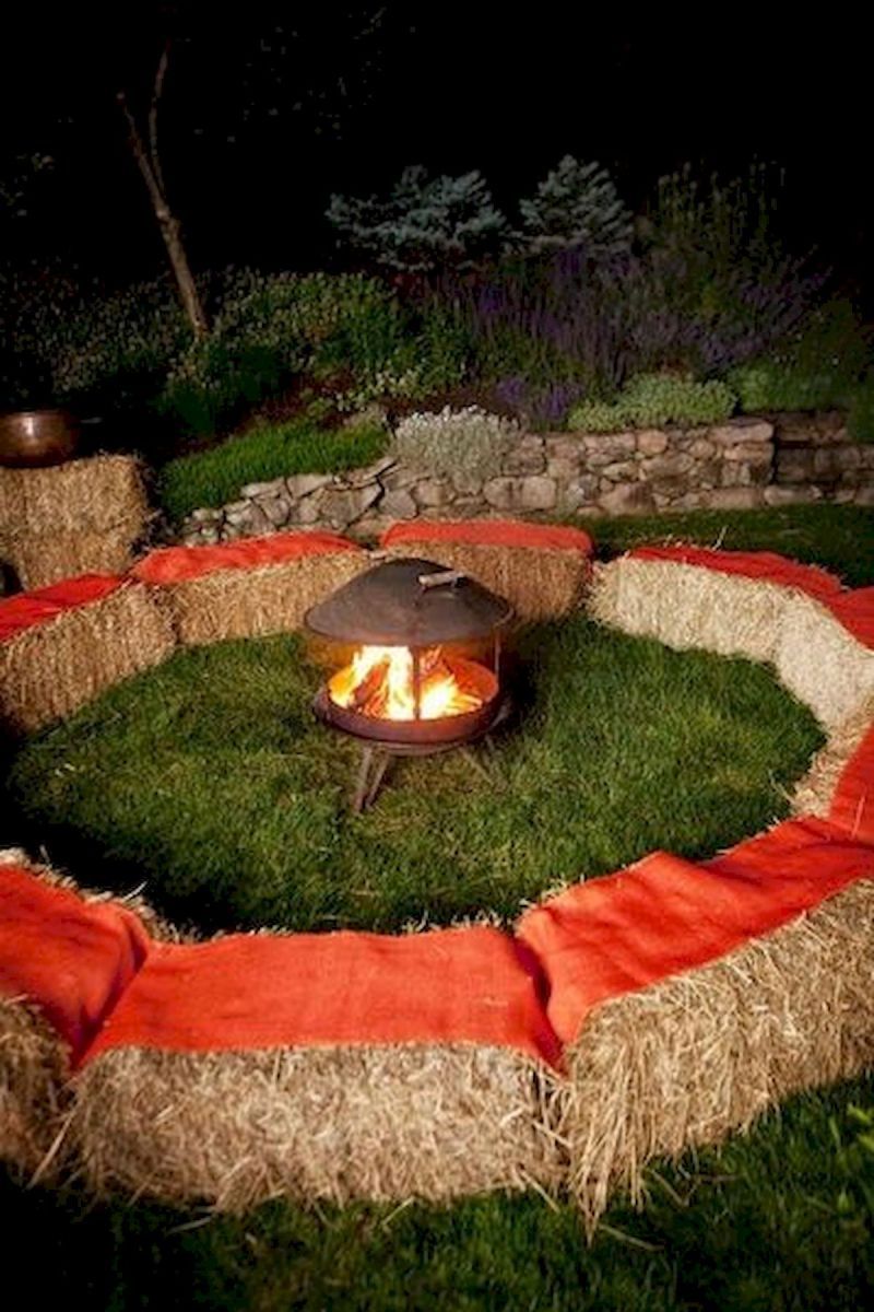 43 Cool Halloween Party Decoration Ideas (7)