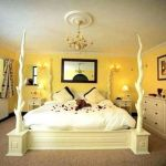 82 Cool Bedroom Ideas for Creative Couples (68)