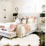 82 Cool Bedroom Ideas for Creative Couples (69)
