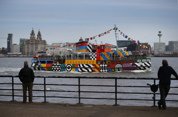 Peter+Blake+Creates+Dazzle+Ferry+Mersey+LH79pcnPiKzl