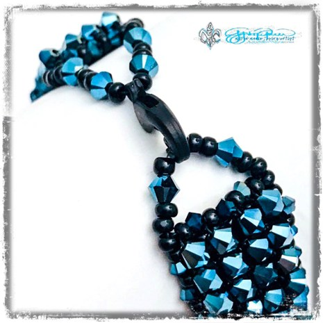 Beaded_Neptune_closure
