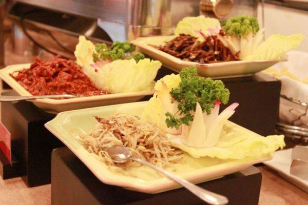 kamayan-edsa-buffet