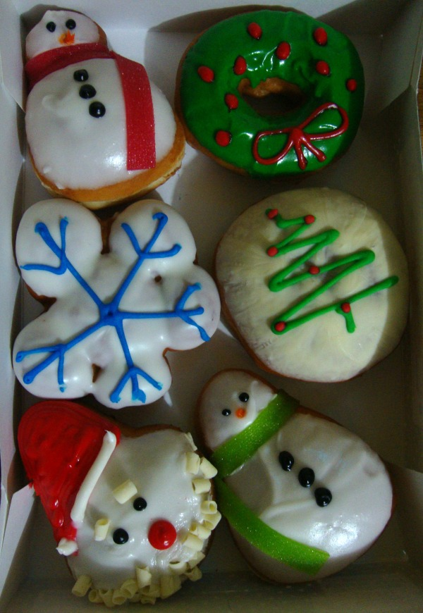 mommy bloggers philippines krispy kreme christmas dounts art of being a mom www.artofbeingamom.com 05
