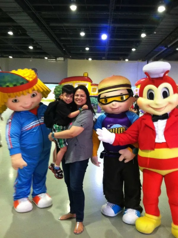 jollibee jollitown funtasy land event smx moa art of being a mom www.artofbeingamom.com 03