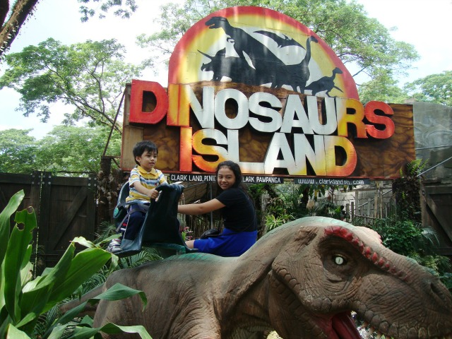 ensogo dinosaur clark land dinosaur activities lifestyle mommy blogger www.artofbeingamom.com 07