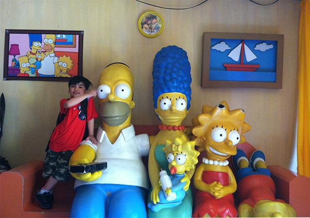 yexels toy museum lifestyle mommy blogger www.artofbeingamom.com 01