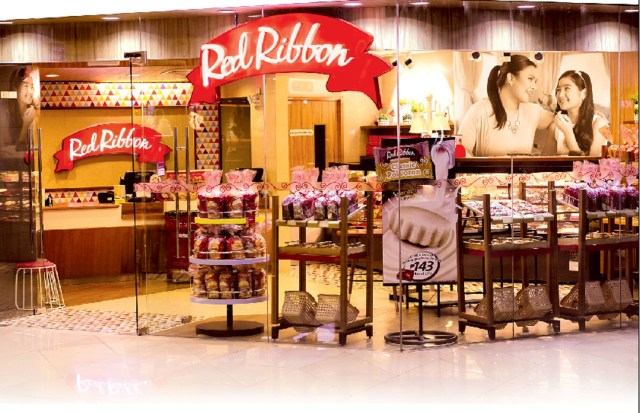Red Ribbon opens new store in Market! Market TriNoma 2