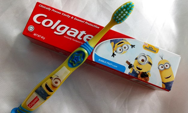 Healthy Brushing with Colgate Minions Toothbrush and Toothpaste
