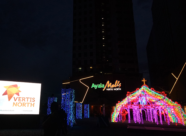 Ayala Christmas tradition Vertis Northern Lights Christmas lights show lifestyle mommy blogger philippines www.artofbeingamom.com 03