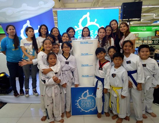 world milk day 2018 robinsons supermarket right start foundation lifestyle fitness mommy blogger philippines www.artofbeingamom.com 03