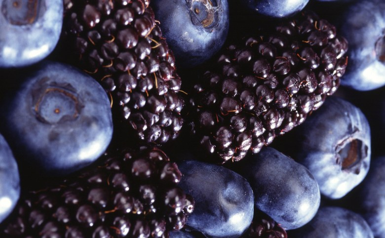 blackberries_and_blueberries