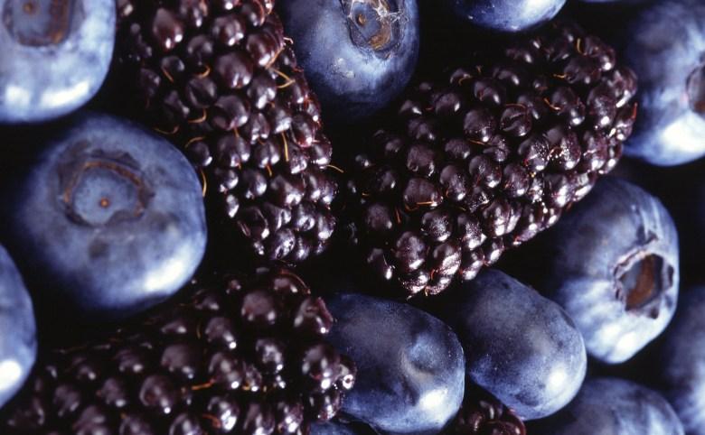 blackberries_and_blueberries