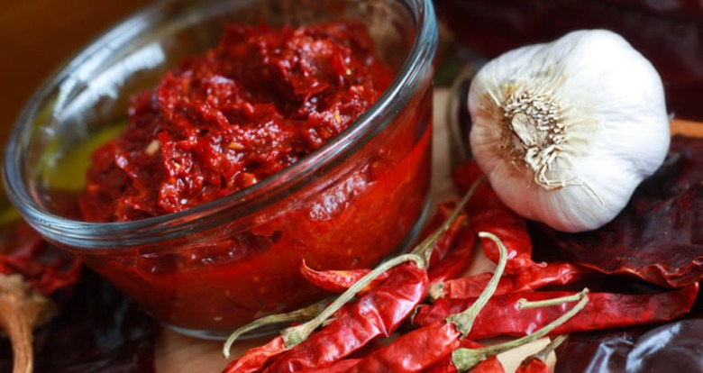 Harissa with garlic and peppers