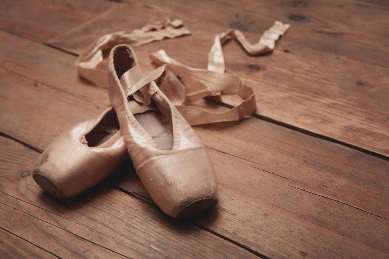 ballet toe shoes