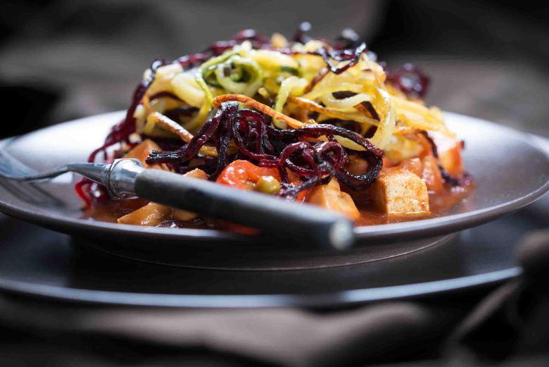 Dreierlei Gemüsespaghetti mit Tofu