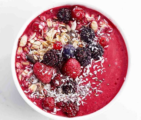 Cherry smoothie bowl