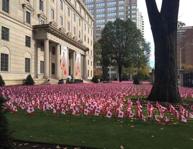Remembrance Day tribute at Manulife Financial honouring fall soldiers