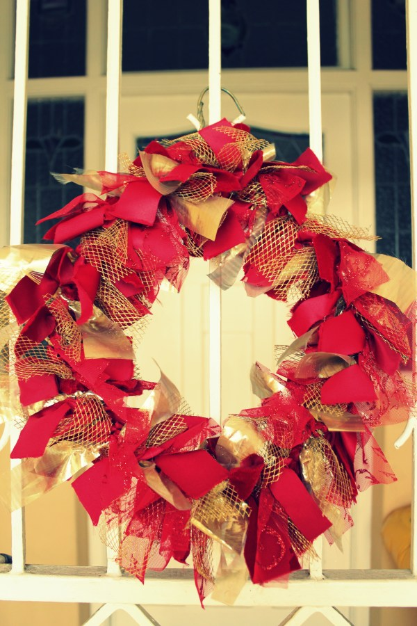 Diy Fabric Wreath Art Of Grand Taps And Tiles