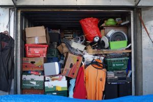 5 Ways to Declutter without Guilt. The Art of Happy Moving. www.artofhappymoving.com