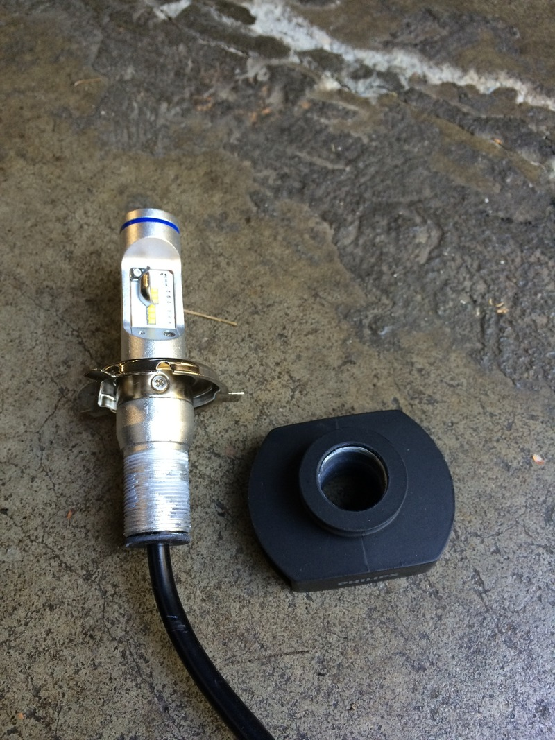 medium resolution of to install the philips h4 headlight 12953bwx2 led bulb the heat sink unscrews from the bulb and is removed completely by sliding it off the bulb wire