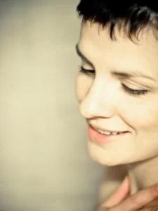 woman-smile-shorthair