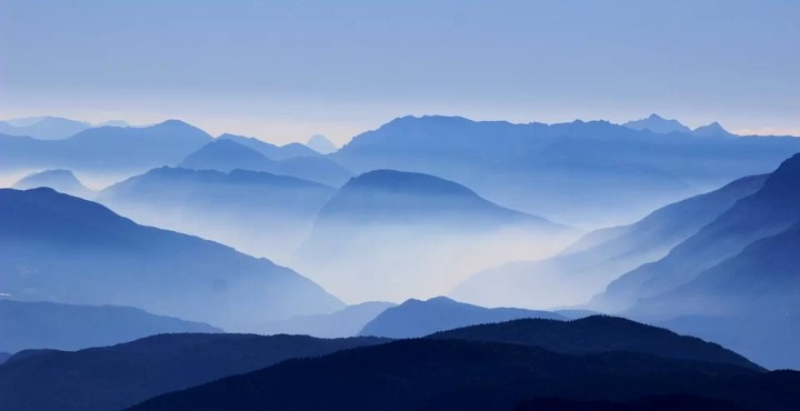 mountains-blue-mystery