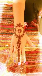 Simple Bracelet Hand Henna